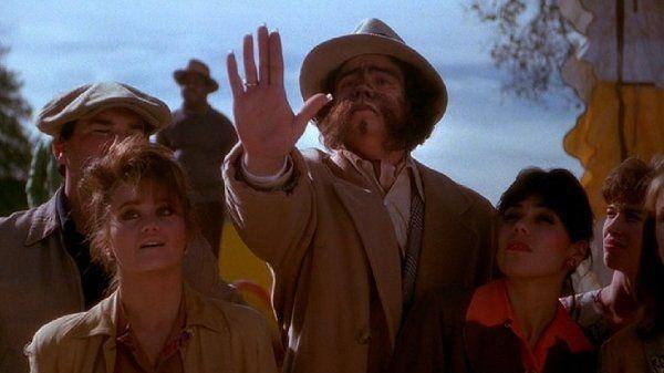 Benicio Del Toro in Big Top Pee-Wee