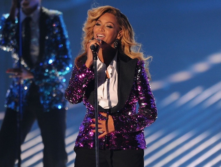 Beyoncé Knowles performs onstage during the 2011 MTV Video Music Awards
