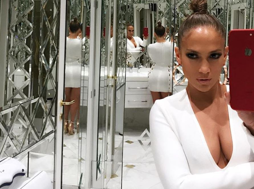 Jennifer Lopez in a room of mirrors