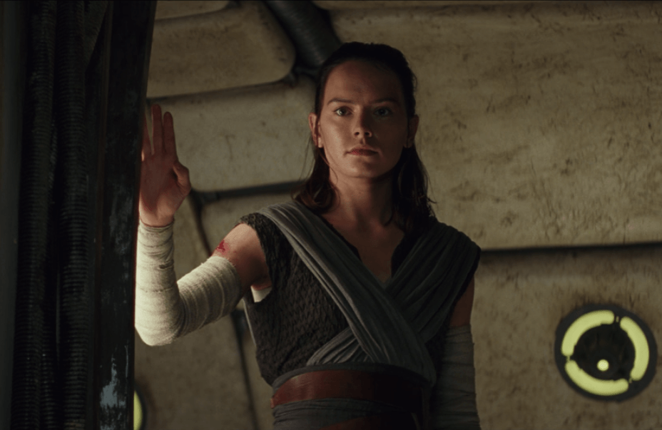 Rey severs her connection with Kylo Ren