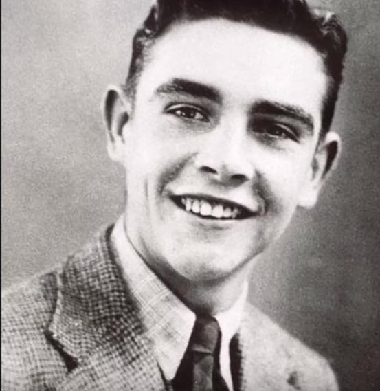 Actor Sean Connery before he was famous