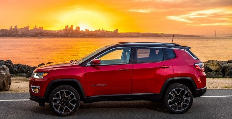 the compact suvs with the best fuel economy in 2018. Black Bedroom Furniture Sets. Home Design Ideas