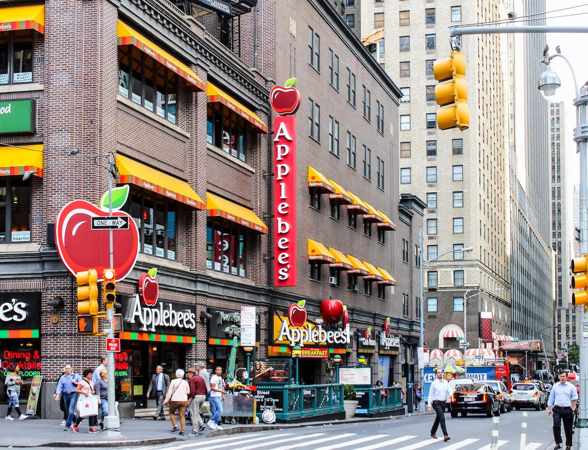 An Applebee's restaurant in Manhattan
