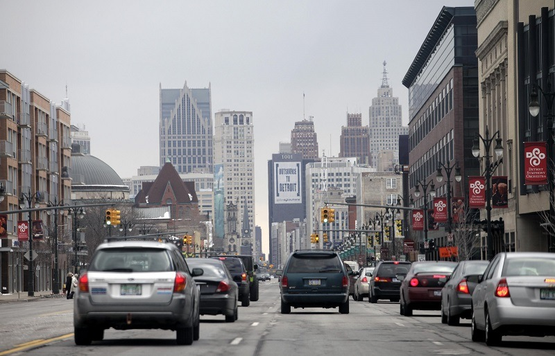 Traffic moves along a street February 24, 2013 in Detroit, Michigan.