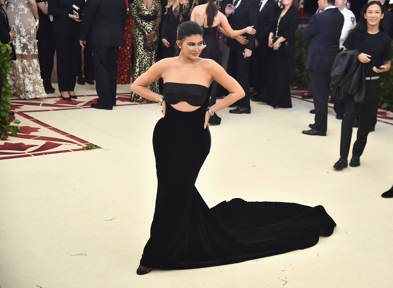 Kardashian søster dating Jaden Smith