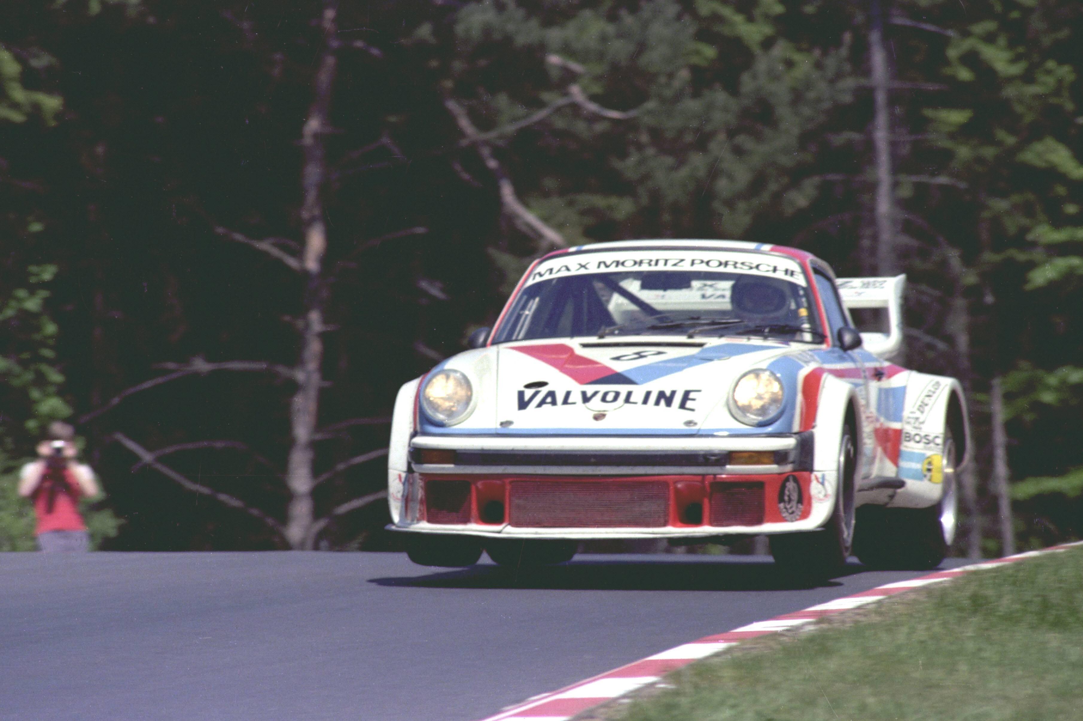 A Porsche 934/5 Porsche Werkfoto
