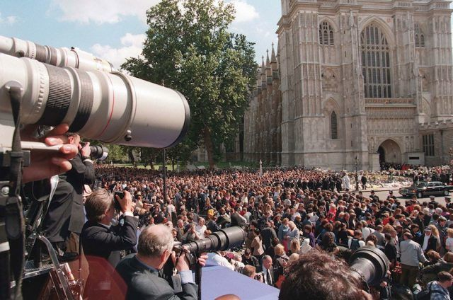 Mourners gather in front of Westminster Abbey for Princess Diana's funeral