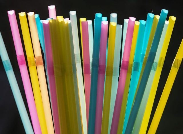 Seattle bands plastic straws