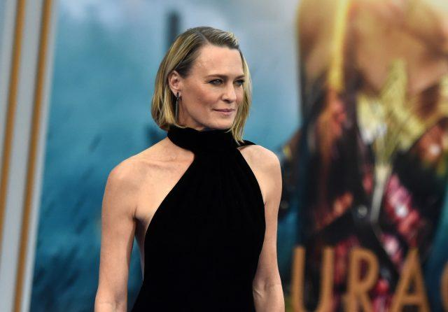 Robin Wright arm workout