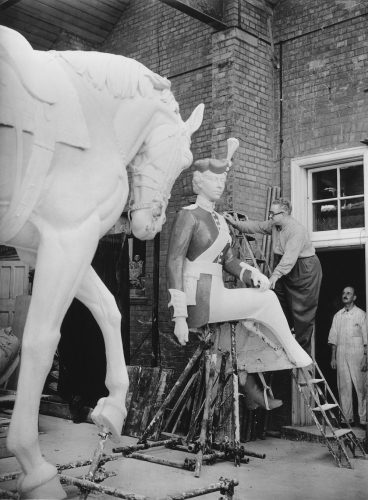 Sculptor Peter Mancini created a coronation statue of Queen Elizabeth II