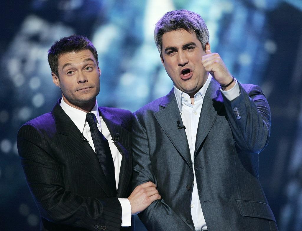 American Idol winner Taylor Hicks and host Ryan Seacrest performs