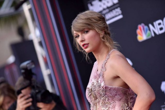 How Old Is Taylor Swift, and How Many Albums Has She Released?