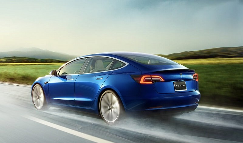 The Pros and Cons of Buying a Tesla Model 3 Over a Used ...