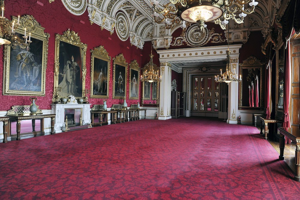 The State Dining Room at Buckingham Palace