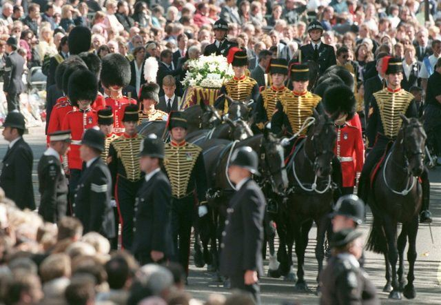 The coffin of Diana, Princess of Wales, arrives at Westminster Abbey