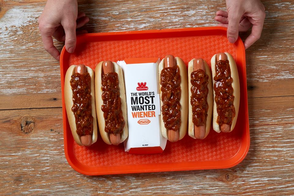 Wienerschnitzel chili dogs