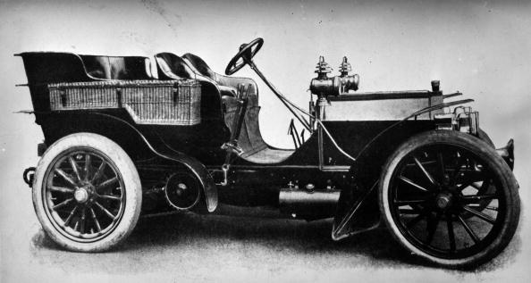 1894: 35-40 HP Daimler Mercedes convertible car