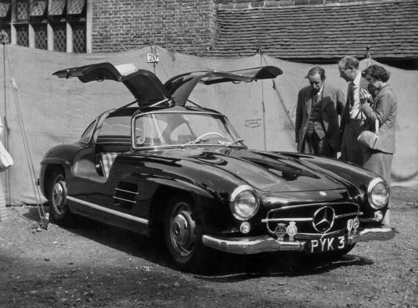 A 300 SL Mercedes-Benz 1955 gull-wing car with the doors in the open position