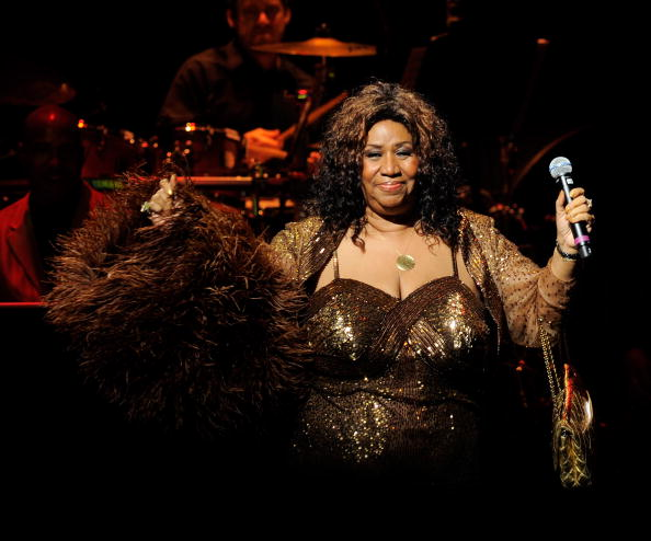 Singer Aretha Franklin performs after she was inducted into the Apollo Legends Hall of Fame at the 2010 Apollo Theater Spring Benefit Concert