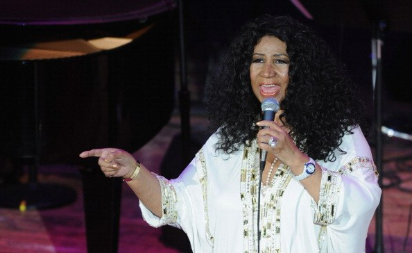 Aretha Franklin performs to a SRO audience at the Ryman Auditorium on October 19, 2011 in Nashville, Tennessee