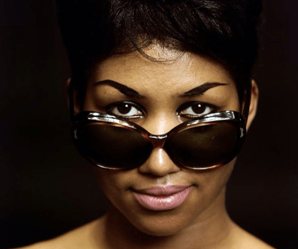 Aretha Franklin in sunglasses