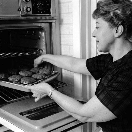 1950s wall oven
