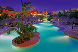 The Riviera Maya Resort Both You and Your Kids Will Want to Visit