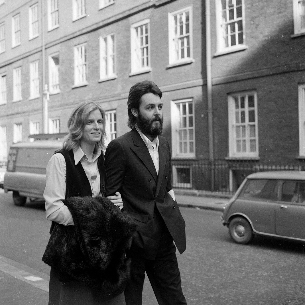 Paul McCartney and his wife Linda