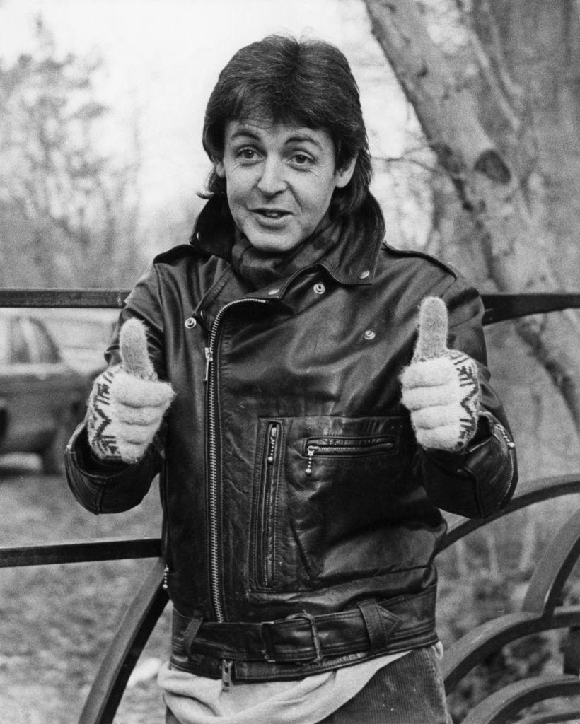 Paul McCartney thumbs up