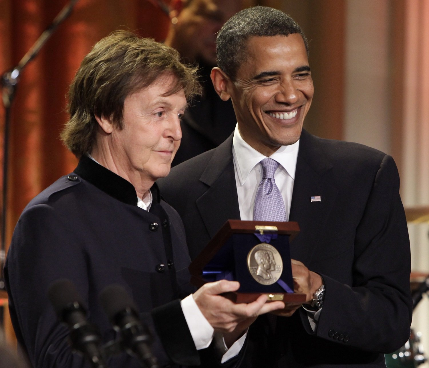 Barack Obama presents Paul McCartney with the third Gershwin Prize for Popular Song