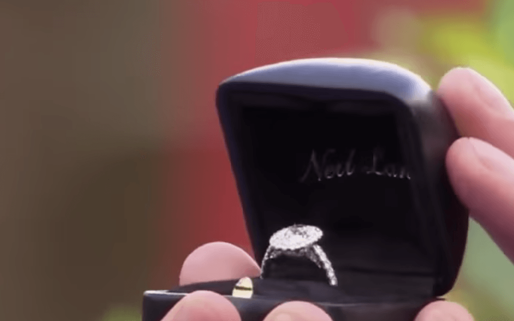 Becca Kufrin's engagement ring from Arie Luyendyk Jr.