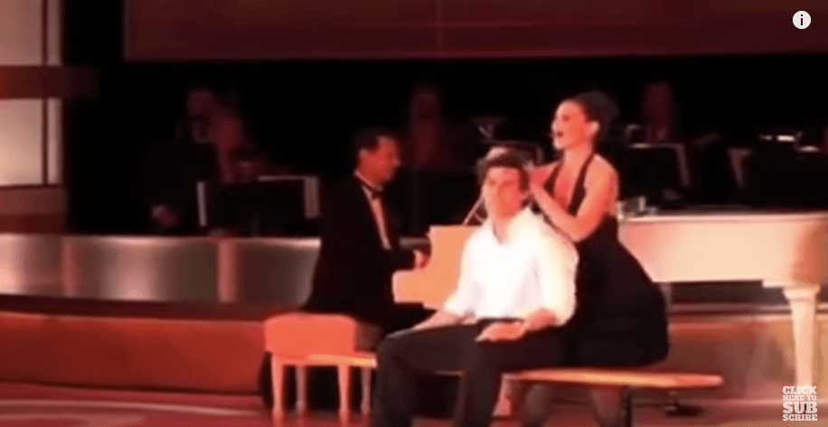 Tom Cruise and Katie Holmes dancing