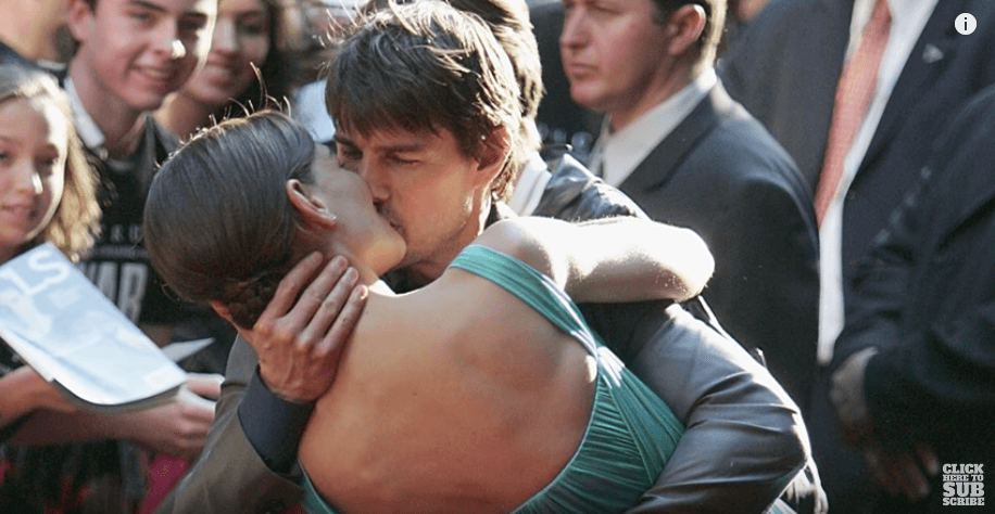 Tom Cruise kissing Katie Holmes on the red carpet