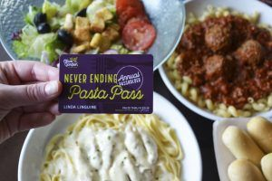 The Unhealthiest 'Never Ending Pasta Bowl' Combination From Olive Garden