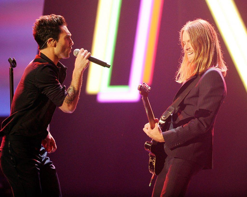 Adam Levine and James Valentine of Maroon 5 perform onstage at the 2011 American Music Awards