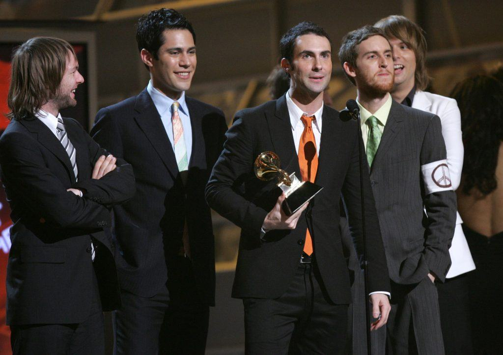 Maroon 5 accepts the award for Best New Artist