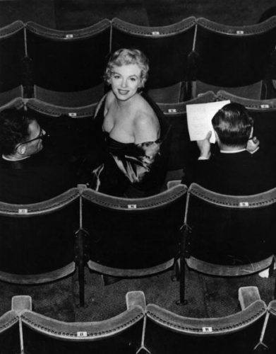 Marilyn Monroe at a play