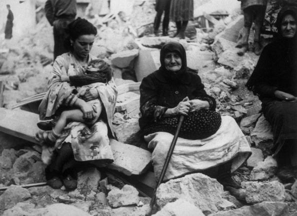 Four generations of Greek immigrants