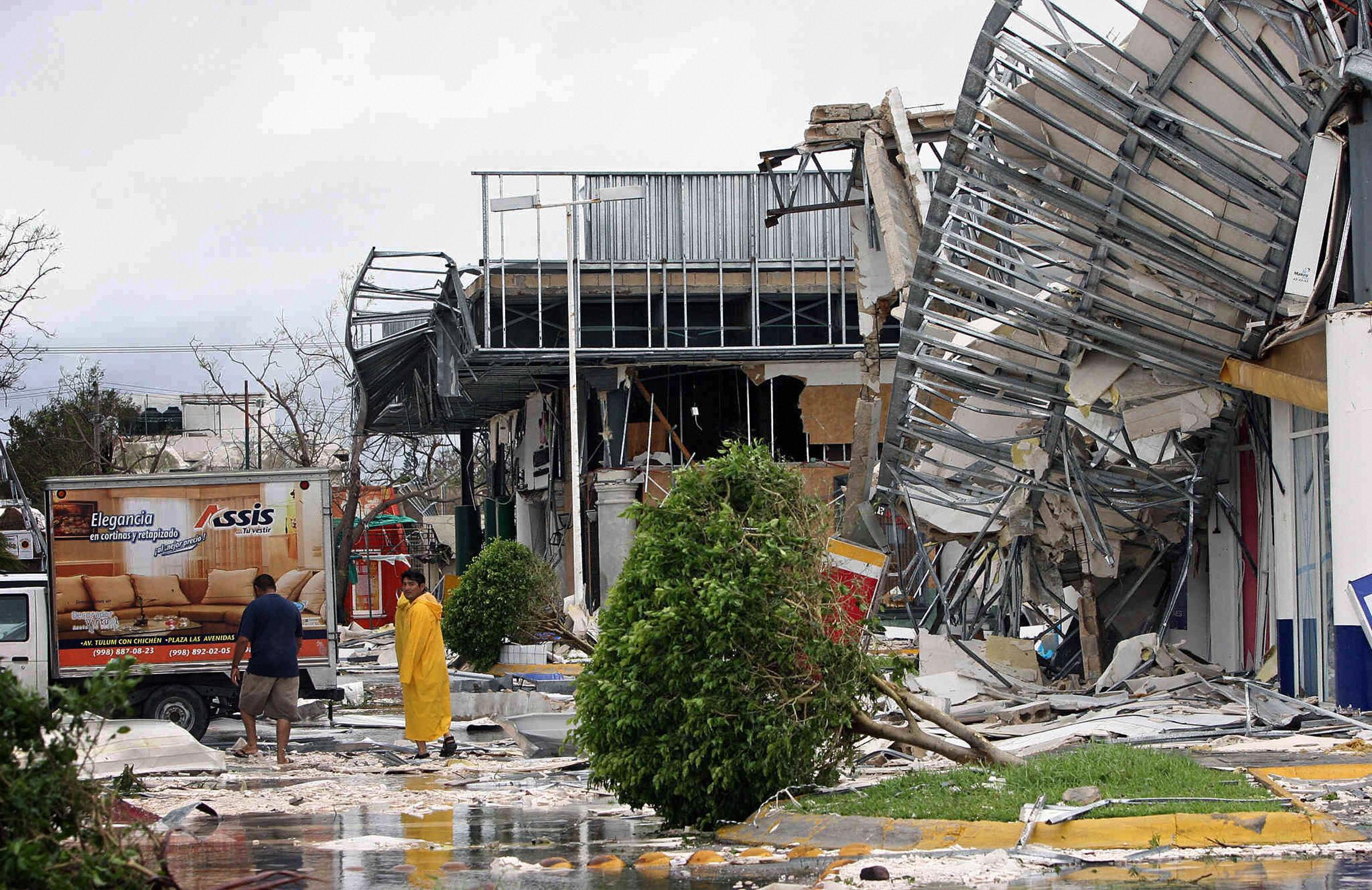 Hurricane Wilma damage in Cancun, Mexico