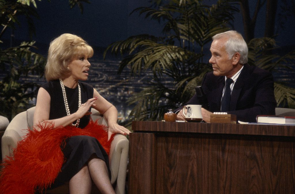 Joan Rivers with host Johnny Carson in 1986