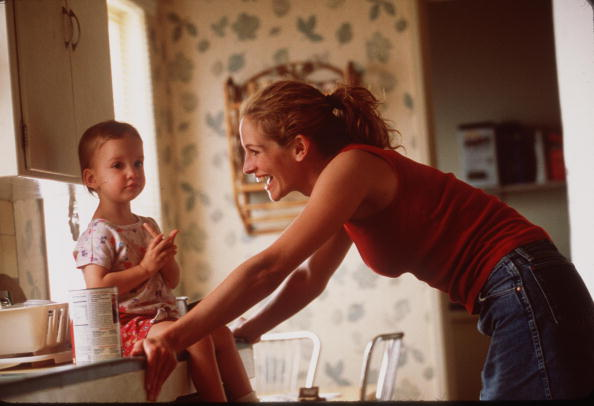 "2000 Julia Roberts Stars In The Movie ""Erin Brockovich"""