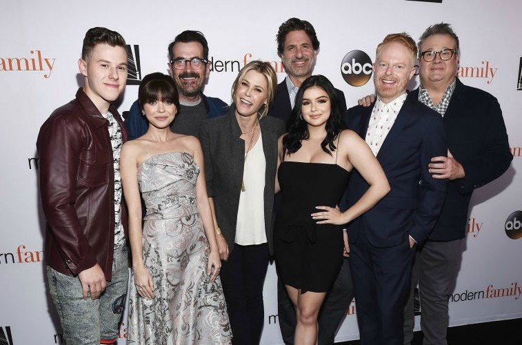 Modern Family actors Nolan Gould, Sarah Hyland, Ty Burrell and Julie Bowen, executive producer Steven Levitan and actors Ariel Winter, Jesse Tyler Ferguson and Eric Stonestreet
