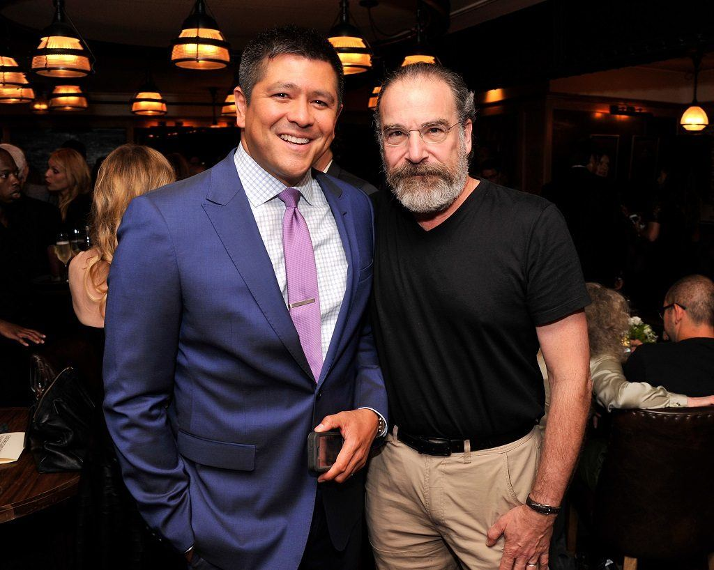 Carl Quintanillla with actor Mandy Patinkin