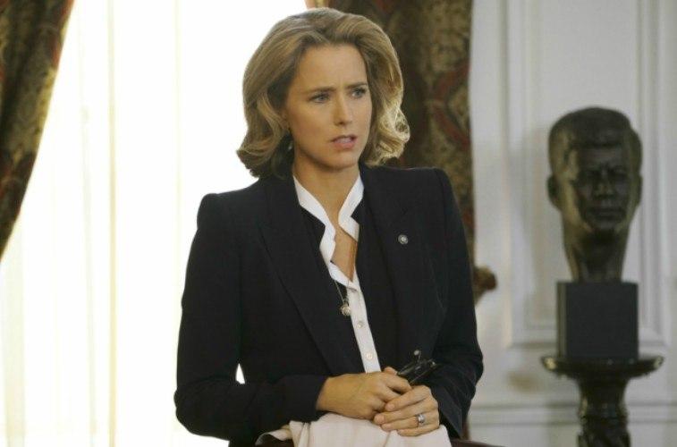 Téa Leoni on Madam Secretary