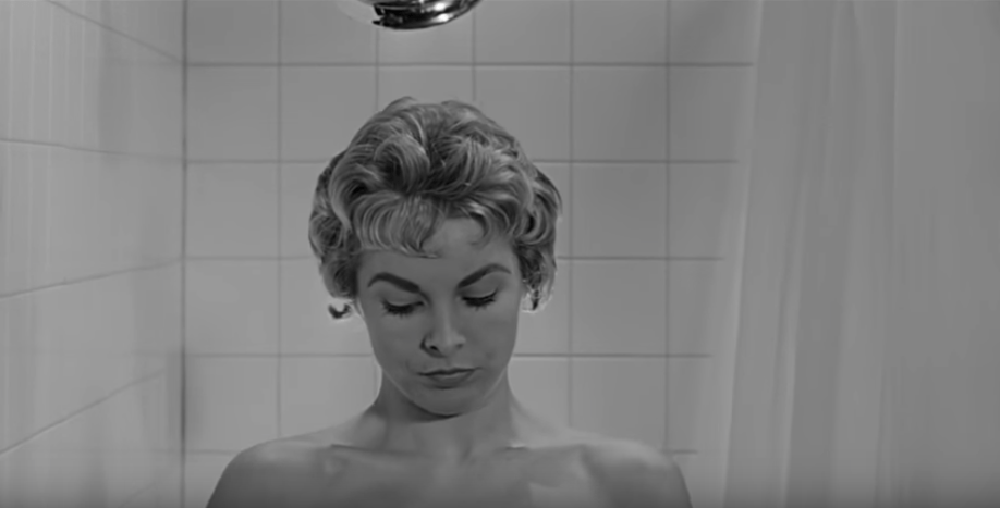 30 Photos of the Most Famous Women in Horror Movies