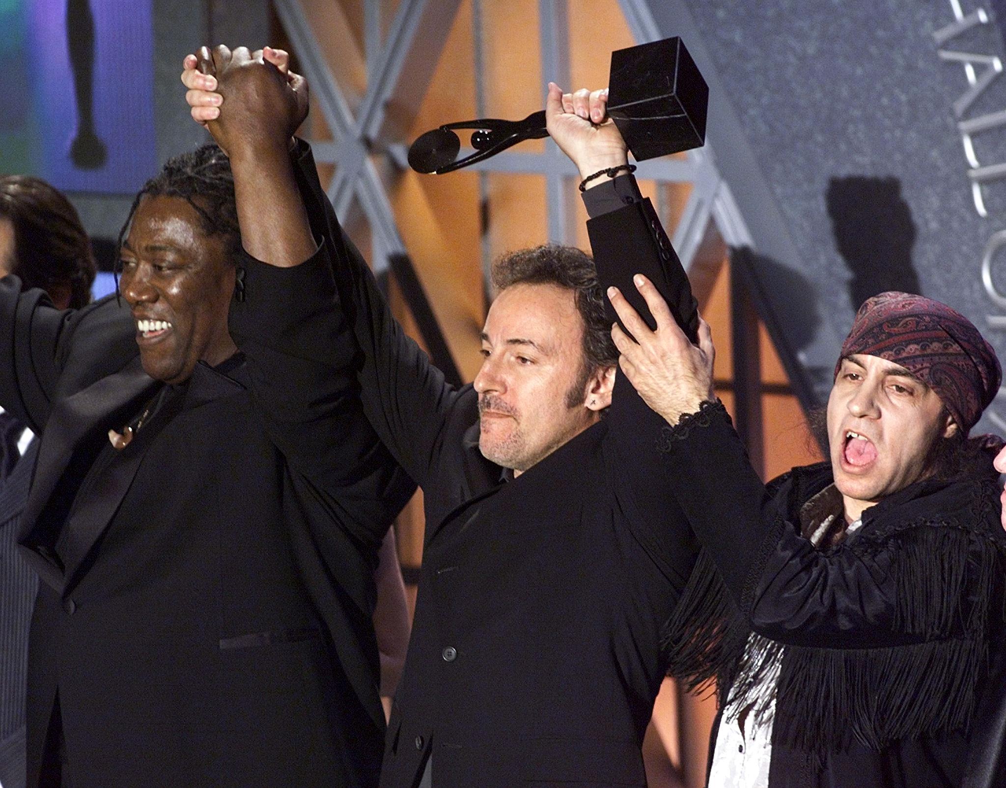 Bruce Springsteen, Little Steven, Clarence Clemons (left) Rock and Roll Hall of Fame 1999