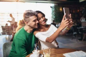 Relationship Advice: Tips from Relationship Experts on How to Build Lasting Love