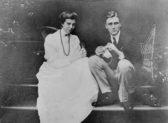 Franklin and Eleanor Roosevelt's wedding announcement in 1905