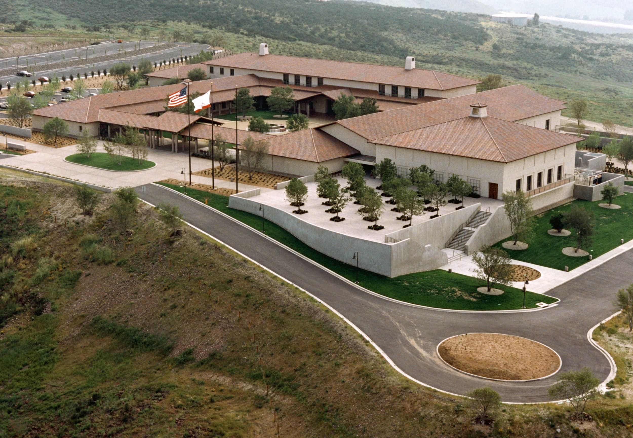 Ronald Reagan library California, presidential burials
