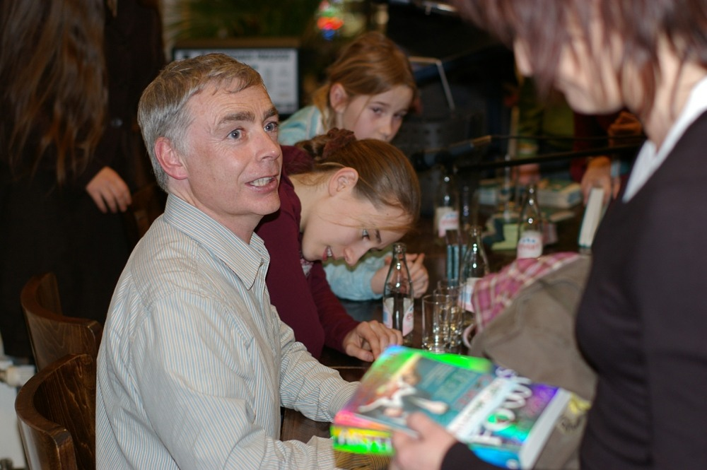 Artemis Fowl author Eoin Colfer at a 2007 book signing.